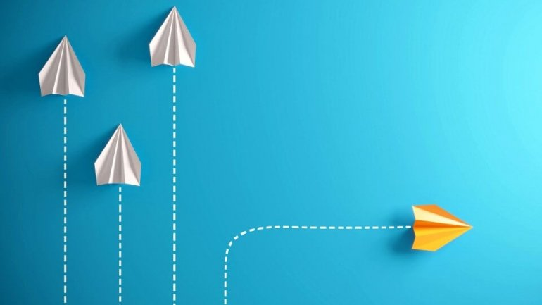 L&D strategy - illustration to show change of direction